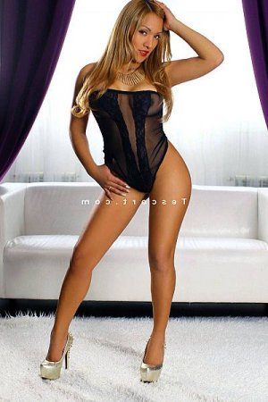 Bambou lovesita escort girl